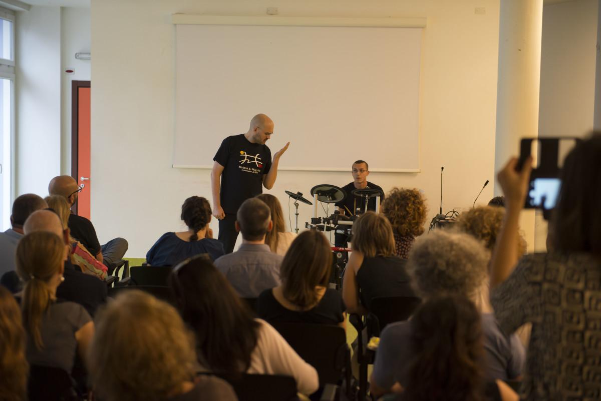 2016 Torino - dsc_3409 - Soffro di Realtà Aumentata - Biblioteca GInzburg - Giugno 15