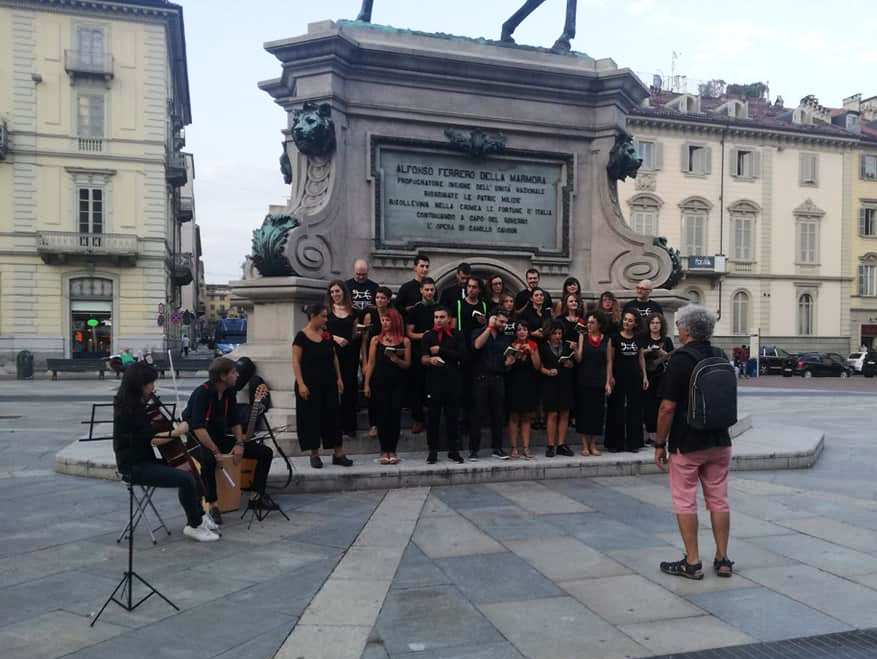 Save the italian people, le prove in Piazza Bodoni